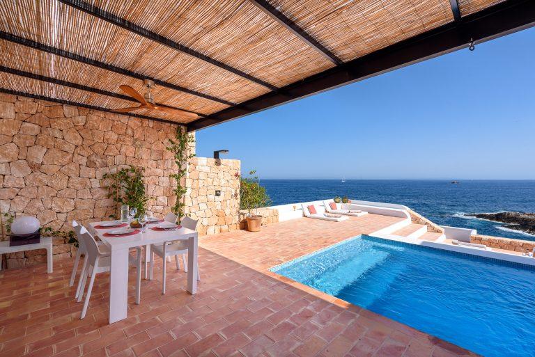 Terraza exterior con vistas al mar